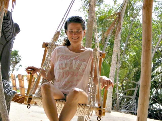 Fibro-Girl In Belize